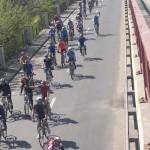 300 de biciclisti la trecerea pe langa podul de la Otopeni, cel mai mare antrenament pentru concursul Prima Evadare