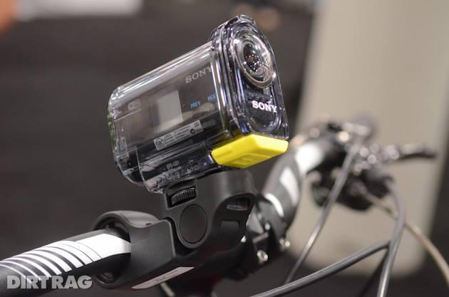 Concurentii de la Elite vor merge cu Sony Action Cam AS30